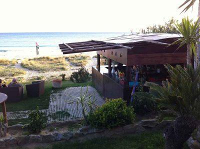 Arte Vida Beach Bar