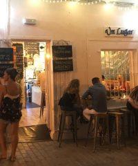 Un Lugar Restaurant